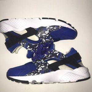 Nike Huarache Run - (Blue, Orange, and Camo)